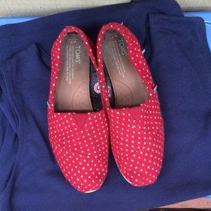 Toms Red Polka Dot Shoes 7W